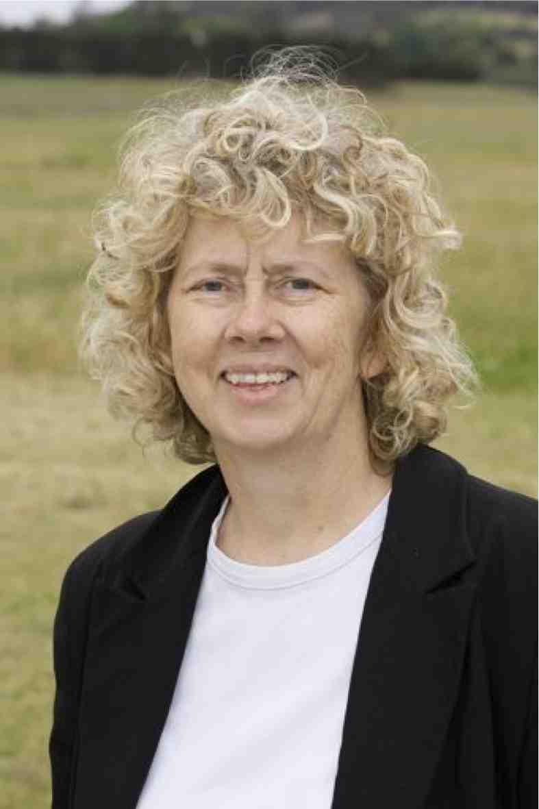 Professor Elaine Sadler