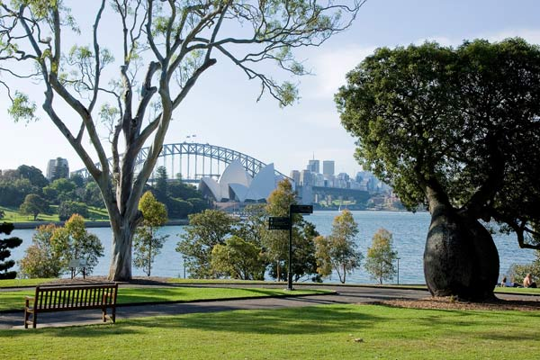 Royal Botanic Gardens and Domain Trust